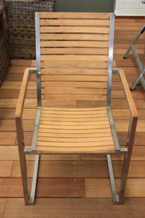 hochwertige Edelstahl Gartenstühle / Tisch (+39€ Versandkosten)