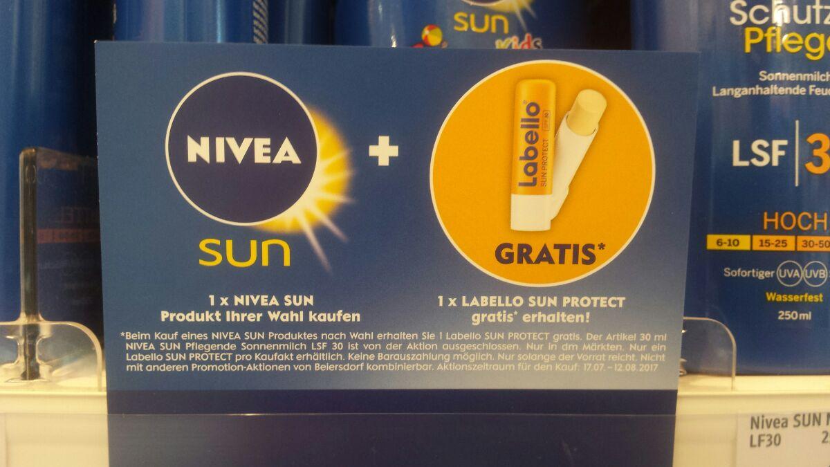 [dm Bundesweit] Nivea Sun Produkt erwerben und gratis Labello Sun Protect erhalten