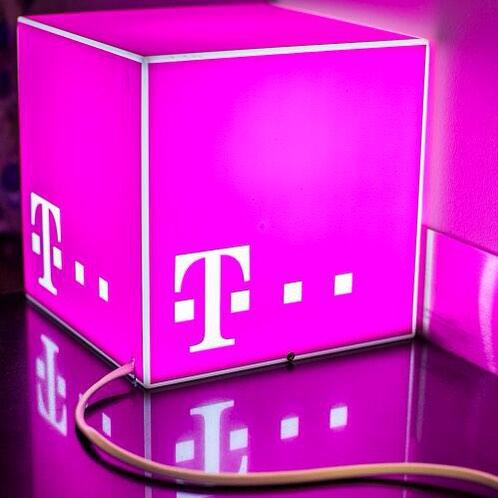 Telekom Magenta Mobil S (Friends) bis zu 4 GB LTE mit Samsung Galaxy S8 Plus für nur 49 € Zuzahlung