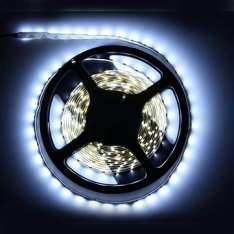 [Banggood] 5m Weiss 3528 SMD LED LightStrips Non-Waterproof 12V DC 300 LED (ohne Netzteil)
