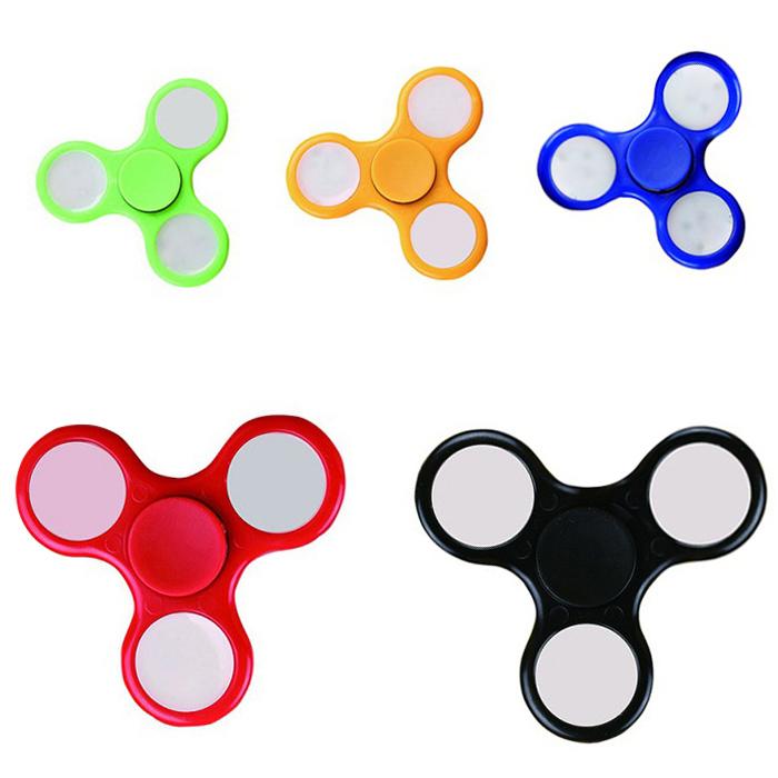 Fidget Spinner mit LED, schwarz, blau, rot, grün, gelb [Gearbest]