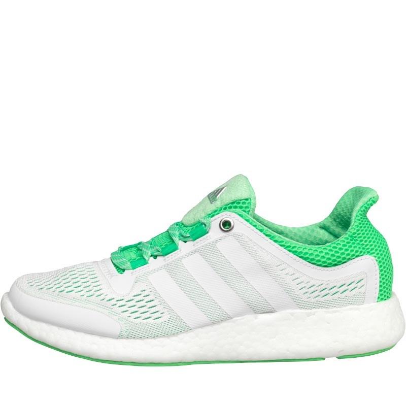 adidas Pure Boost Chill Sneaker in weiß/grün - Laufschuhe für Frauen - für 46,44€ inkl. VSK bei [MandMDirect]