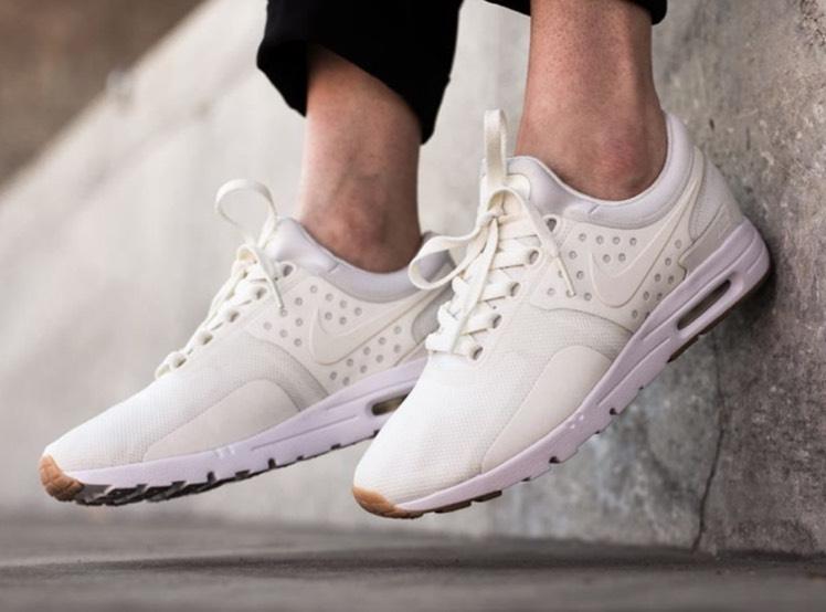 Nike AIR MAX ZERO /Sail-Gum (Frauen) für 69,95 inkl. Versand