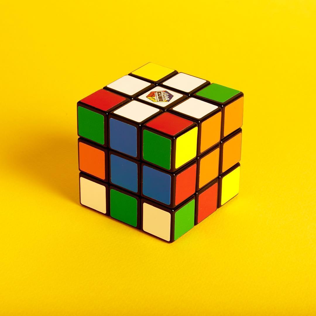 Original Rubik's Cube 3x3 Zauberwürfel Jumbo Spiele - New Open Box Pack für 7,99€ @Müller (Filiale)