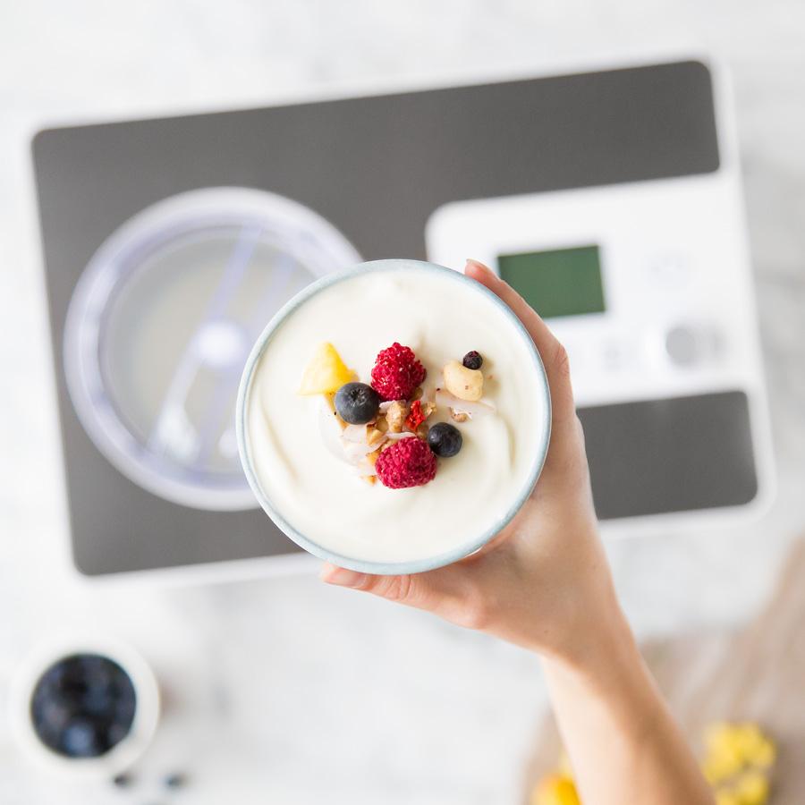 2-in-1 Eismaschine und Joghurtbereiter Elisa mit Kühl-Kompressor und Heizfunktion von Springlane