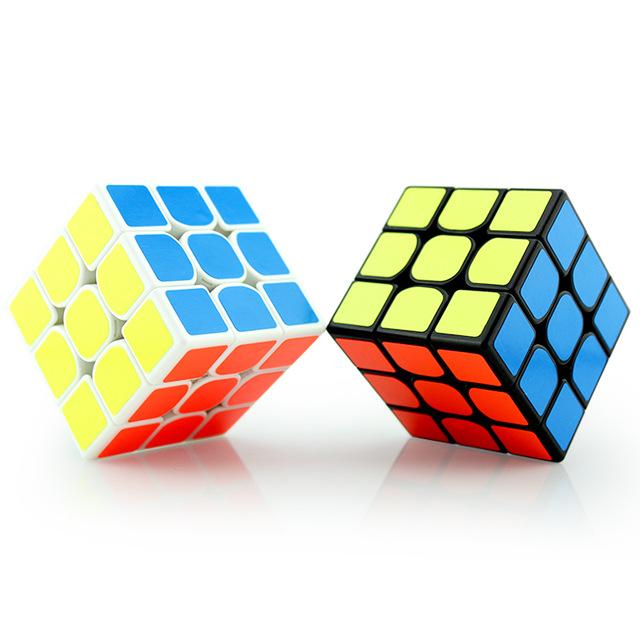 Zauberwürfel/Rubik's Cube - Speedcube der Marke Z-Cube für 2,41€