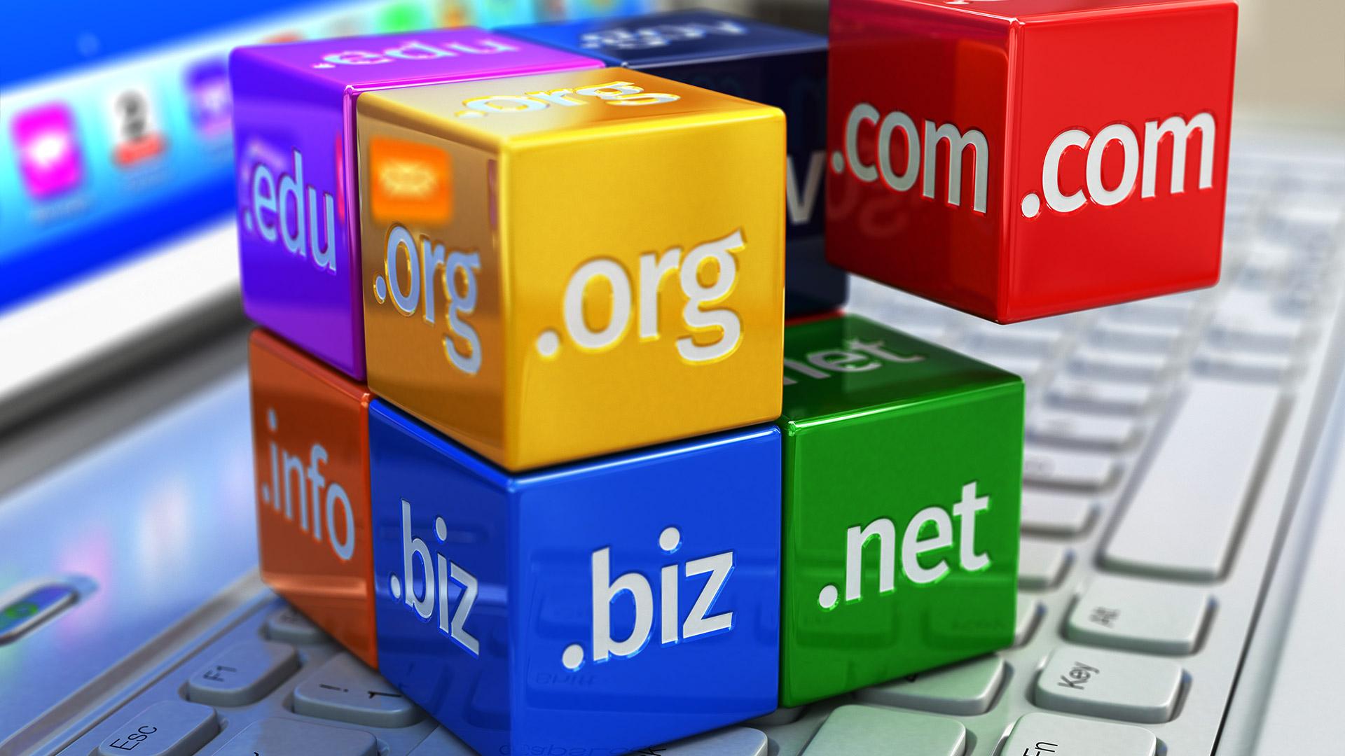 1blu - Webhosting inkl. 2 Domains (.com, .eu, .de, .net usw) 1 EUR mtl. 60GB