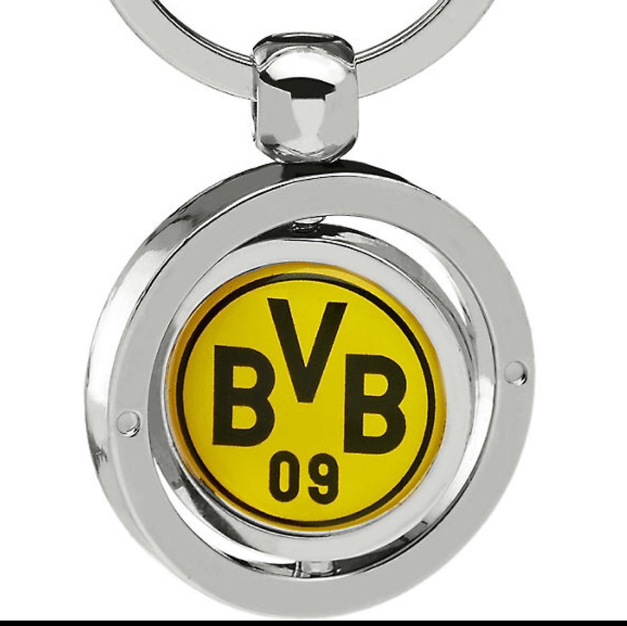 Gratis BvB-Schlüsselanhänger bei Deichmann bei Kauf eines Füllartikels