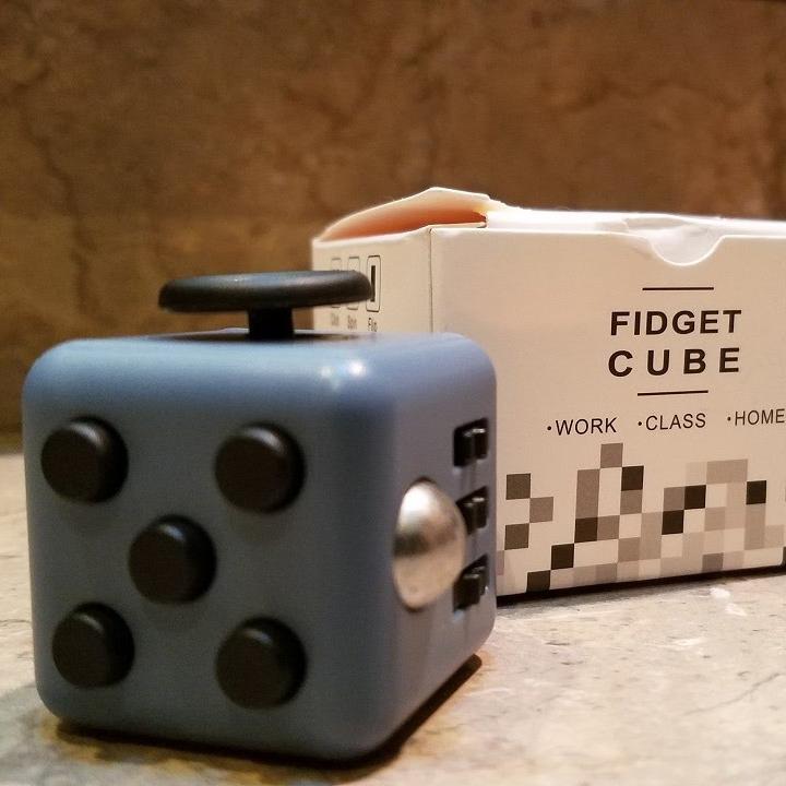 Fidget Cube für 0,58 € (max. 1 Stück pro Account) [Gearbest]