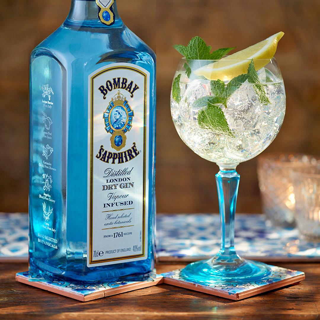 [Kaufland ab 21.9.] Bombay Sapphire Gin für 15,99€ plus GRATIS Ballon Glas im Wert von 6,99€