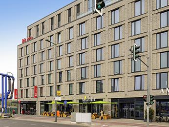 [Berlin] 1 Übernachtung für 2 Personen im Doppelzimmer inkl. Frühstücks-Buffet und 1 Flasche Wasser für 52,60€ @ ibis 3-Sterne Hotel Berlin Hbf