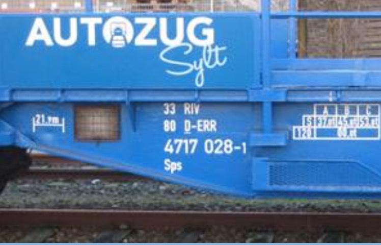 Der blaue Autozug Sylt (Preise: 19,90€ - 34,90€)