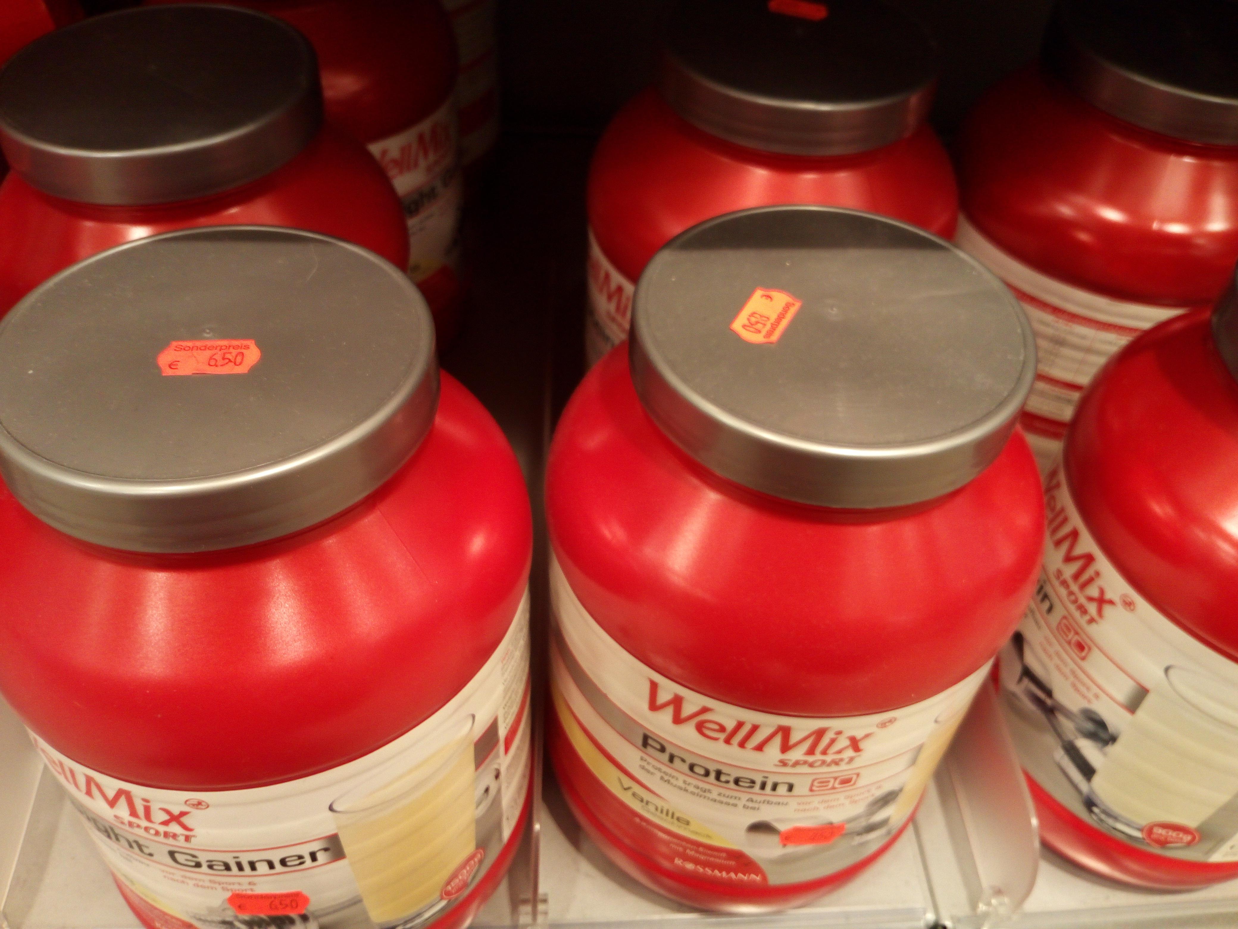 Rossmann Duisburg WellMix Weight Gainer und Protein 90  Whey  Vanille 1,5KG