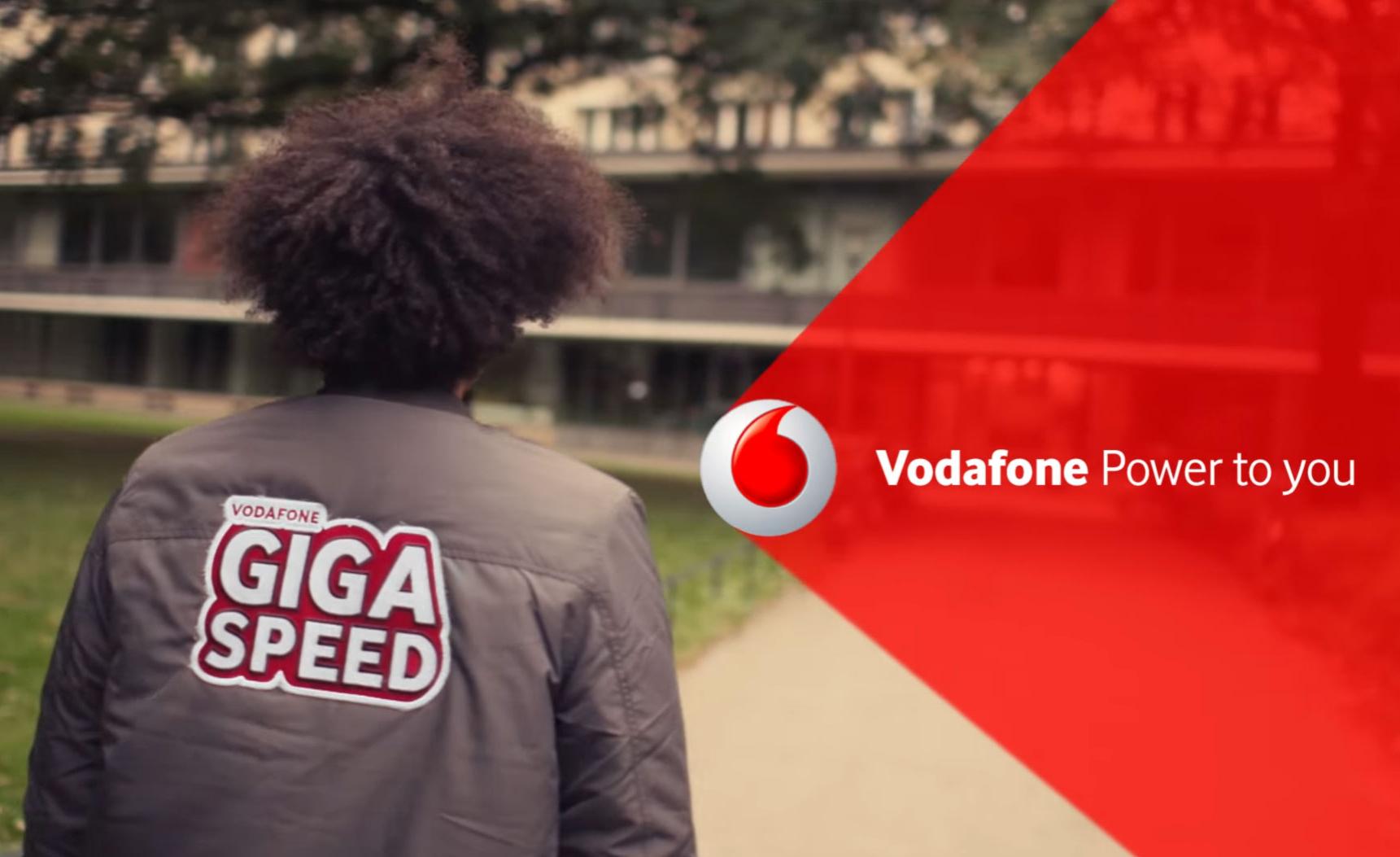 Vodafone Young L (3 Monate frei, 34,99€ im 1. & 39,99 € im 2. Jahr) + Samsung Galaxy Book 10.6 WiFi für 99€ mit 6 GB LTE, Allnet, SMS und EU-Flat + 150€ Cashback von Samsung