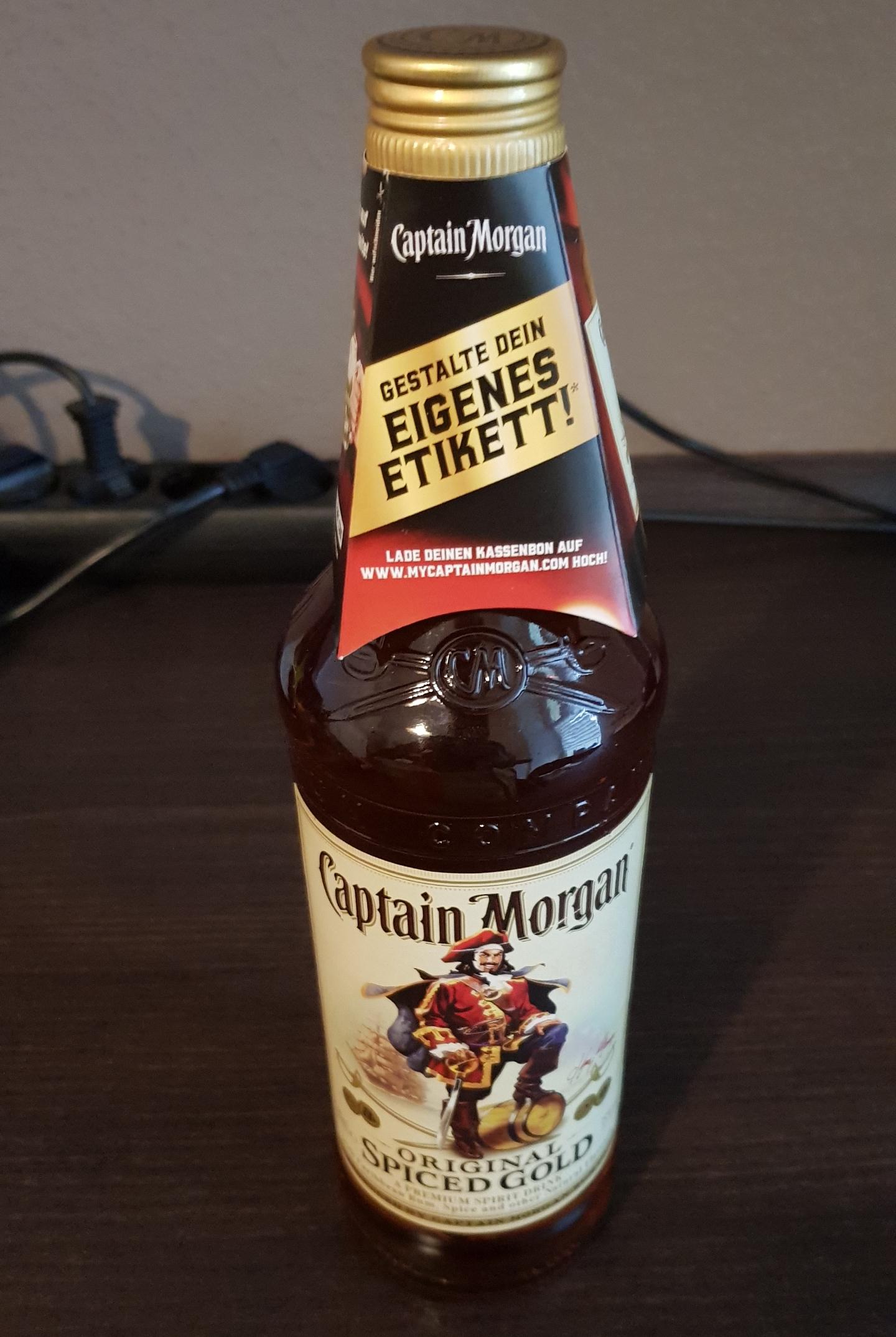 Captain Morgan Flaschenetikett gestalten und gratis zusenden lassen