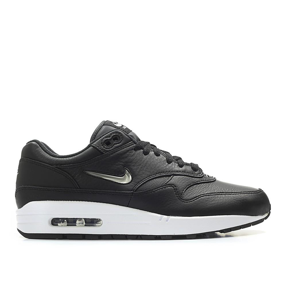 Nike Air MAX 1 Premium SC Jewel Swoosh (SCHWARZ / SILBER) für 75€ in den Größen 38,5 - 47,5