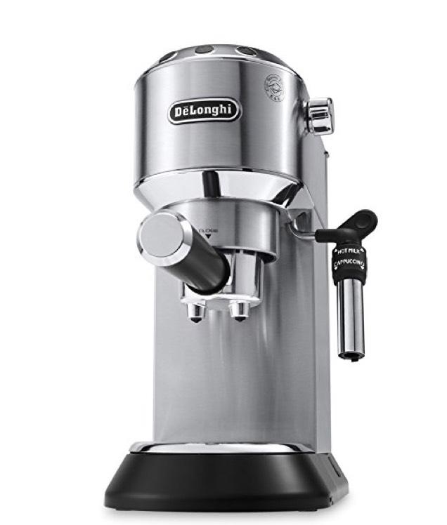 De'Longhi EC 685.M Dedica Siebträgerespressomaschine (15 bar, 1l, Vollmetallgehäuse, Schnelles Aufheizen, Temperaturkontrolle, Professionelle Milchaufschäumdüse, E.S.E.-Pads) silber von DeLonghi