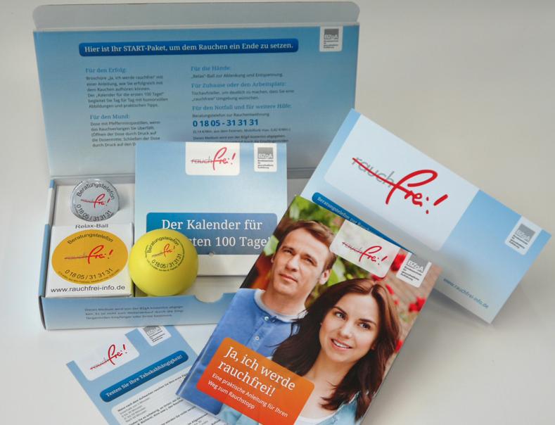 kostenloses Startpaket für Leute, die mit dem Rauchen aufhören wollen von der BZgA mit Pfefferminzpastillen, Relax-Ball, Tischaufsteller und Broschüren