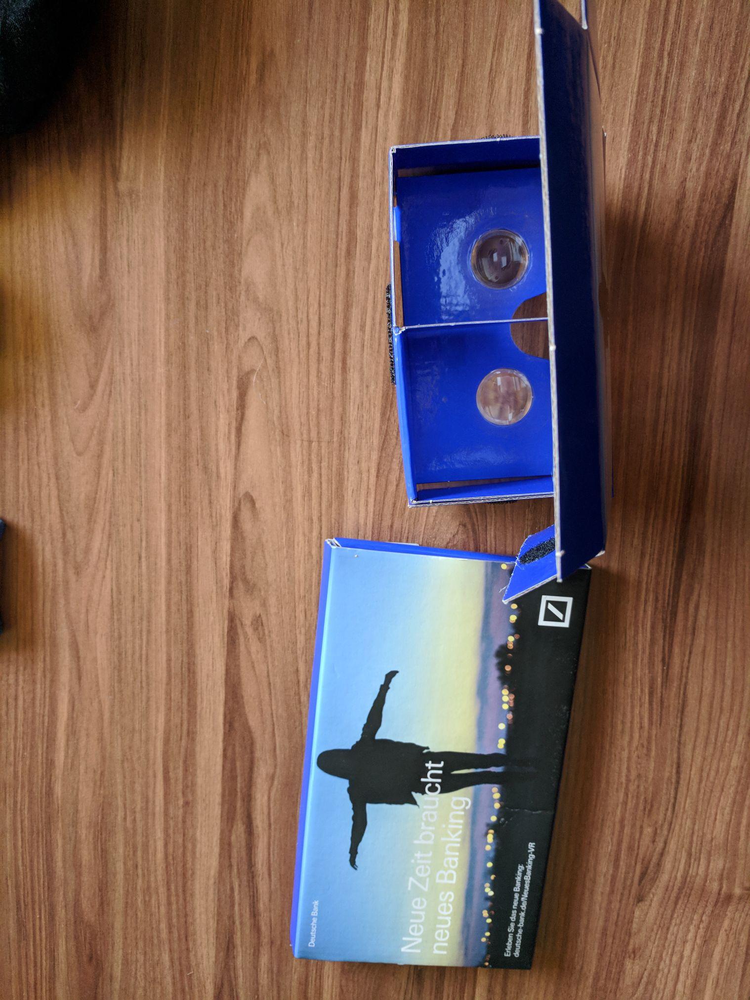 Kostenlose Cardboard-VR Brille [Deutsche Bank]