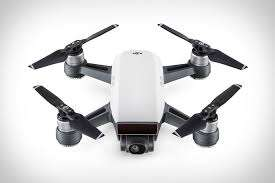 Dji Spark Mini RC Selfie Drone für 373,63€