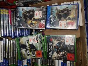 Lokal Saturn Mülheim im RRZ: Xbox ONE Call of Duty Infinite Warfare und PS4 Titanfall 2 je 15 €