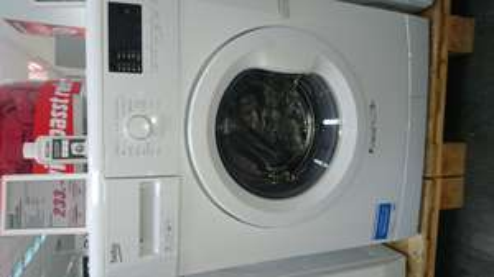 BEKO Waschmaschine WMB 71433 UPTE bei Media Markt Köln City, Hohestr. 121, 50667 Köln