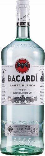 Bacardi Ron Carta Blanca Superior Rum oder Oakheart Spiced Rum (1 x 1.5 l)