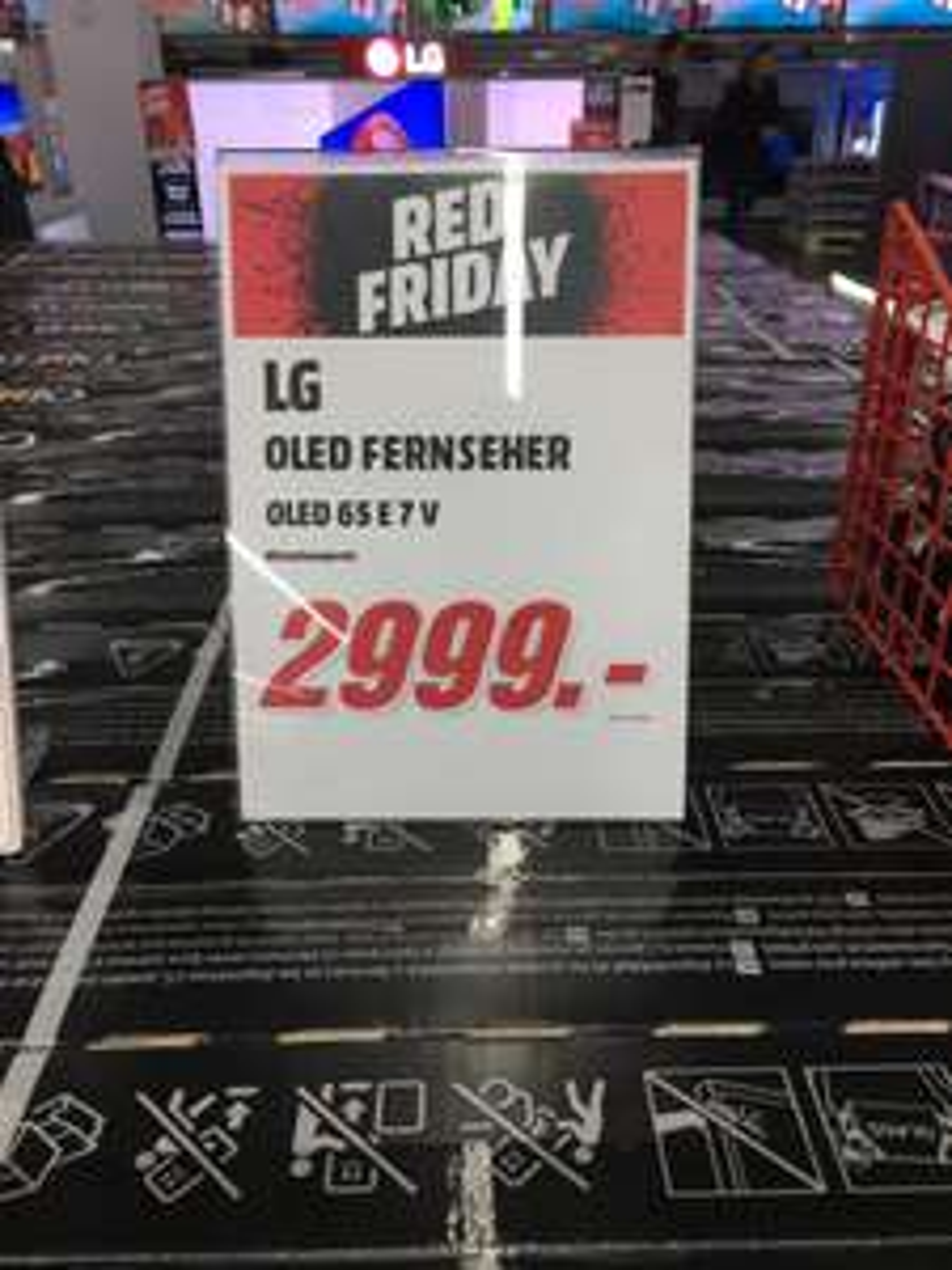 LG oled 65e7v für 2999 bei Mediamarkt Berlin im alexa (lokal)