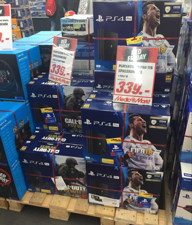 [LOKAL Mediamarkt Berlin Neukölln]Playstation 4 Pro 1TB + Fifa 18/Cod WW2/GT Sport + 12 Monate PS Plus für 339€ — Logitech G29 für 189€
