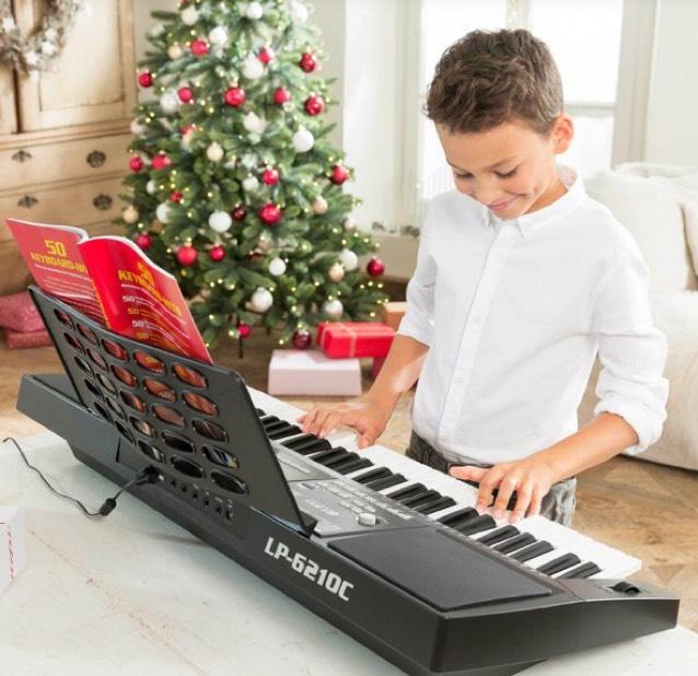 [ALDI] Keyboard LP-6210C (ab Do. 30.11) -> inkl. Lern-CD