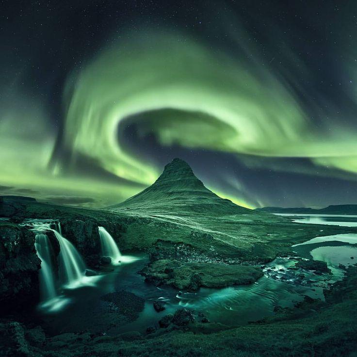 Cyber Monday bei WOW Air - Bis zu 40% auf Flüge nach Island