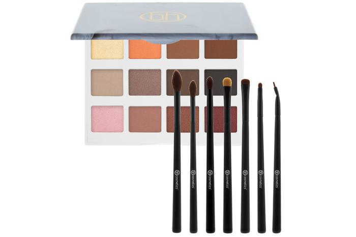 Beauty Bundles aus Lidschatten Palette + Pinselset ab 15,99€ inkl. Versand
