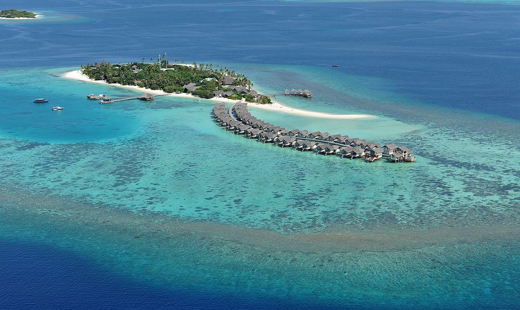 Hin- und Rückflug: Frankfurt non-stop auf die Malediven mit LUFTHANSA (DEZ 17) inkl. Gepäck ab 295€