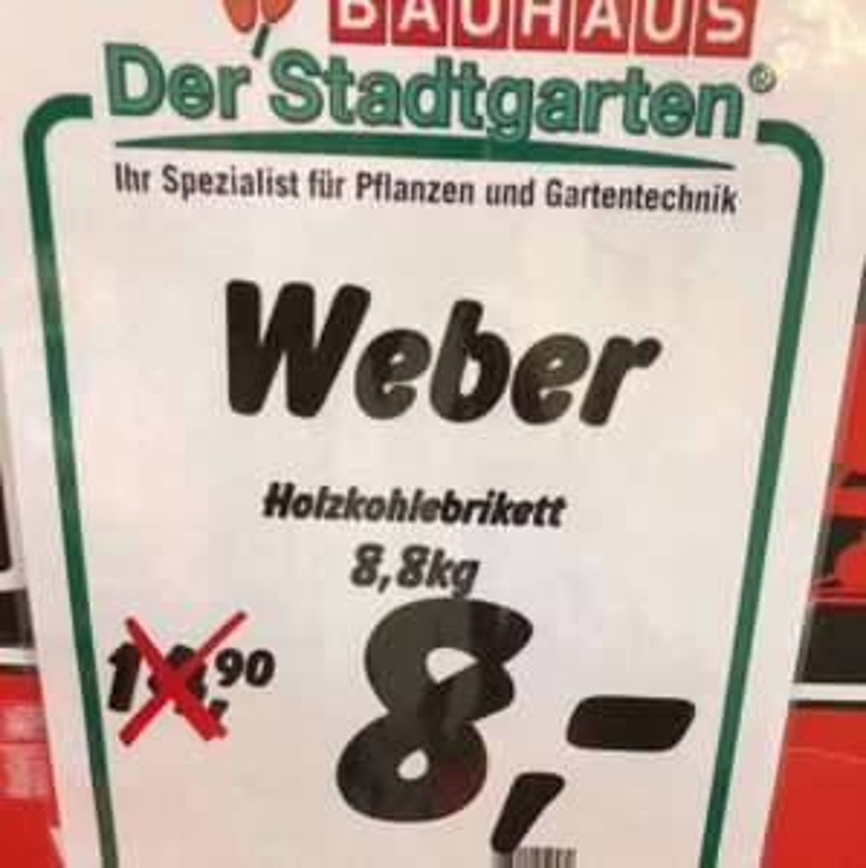 [Lokal Berlin Bauhaus] Weber Holzkohlebriketts 8,8 kg für 8€