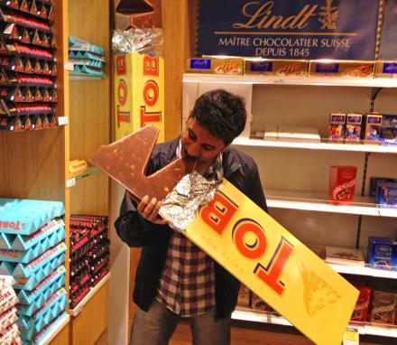 Toblerone, 5er Pack (5 x 100 g) für 4,29 € (86ct pro Stück) @ amazon (Plus Produkt)