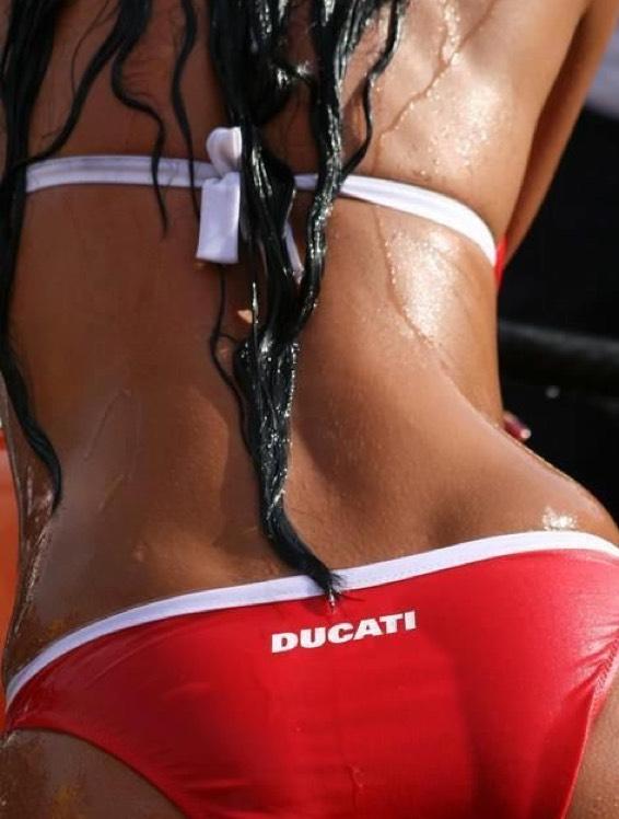 [Ducati] 20 % Rabatt auf Bekleidung und Zubehör bei vielen Händlern im Desmo Christmas Special ab 14.12.2017