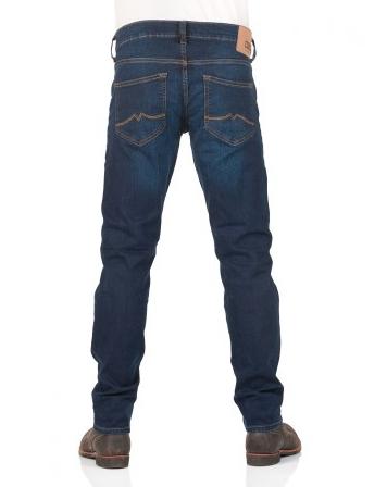 Mustang-Deal bei Jeans Direct: Jeans für 29,95€, 4x T-Shirts für 29,95€ + 10€ Rabatt ab 50€ *Letzter Tag*