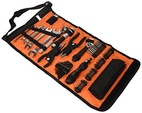 Black+Decker Rolltasche A7144 (inkl. Autowerkzeugzubehör, Taschenlampe, Schrauberklingen, Bits, Handwerkzeuge) bei Amazon Prime