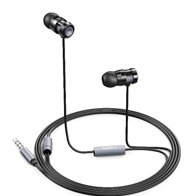 [Amazon] Aukey In Ear Kopfhörer mit Mikrofon mit Code / Gutschein 50% Rabatt