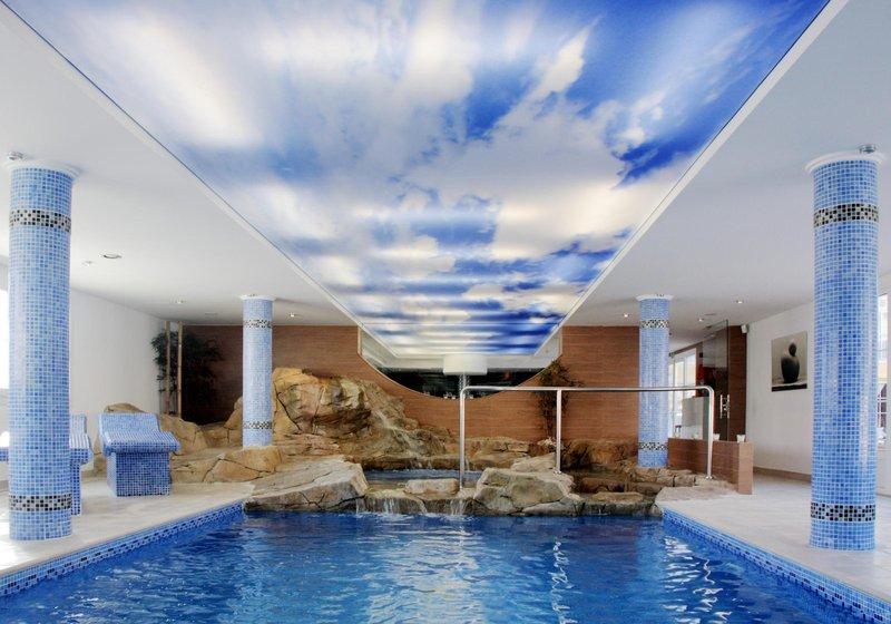 Singlereise - 7 Tage  nach Mallorca +  Flüge + Einzelzimmer &  Frühstück ab 300€