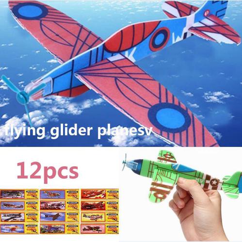 Nostalgie-Flieger: Styropor Flugzeuge (12 Stk) für 1,38€