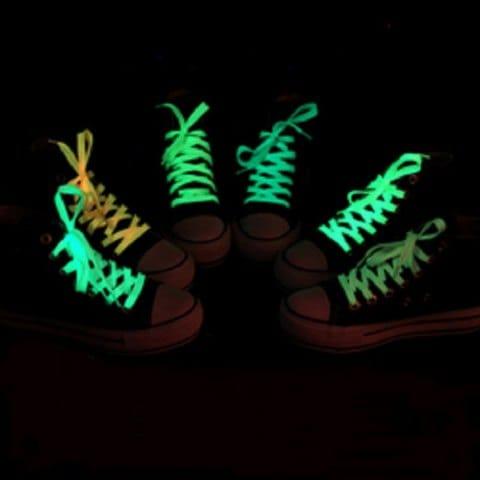 Fluoreszierende Schnürsenkel für 8 Cent (Rosegal)