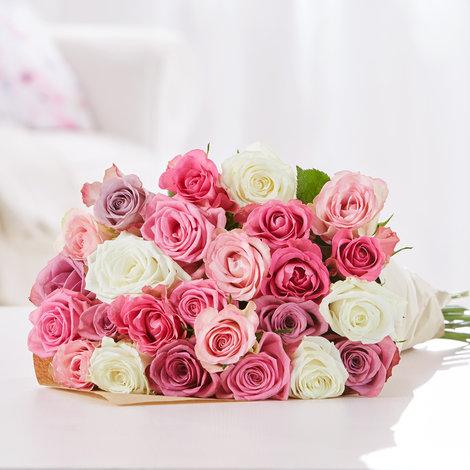 25 Rosen in Creme- und Rosétönen, 50cm lang, inklusive Lieferung zum Wunschtermin