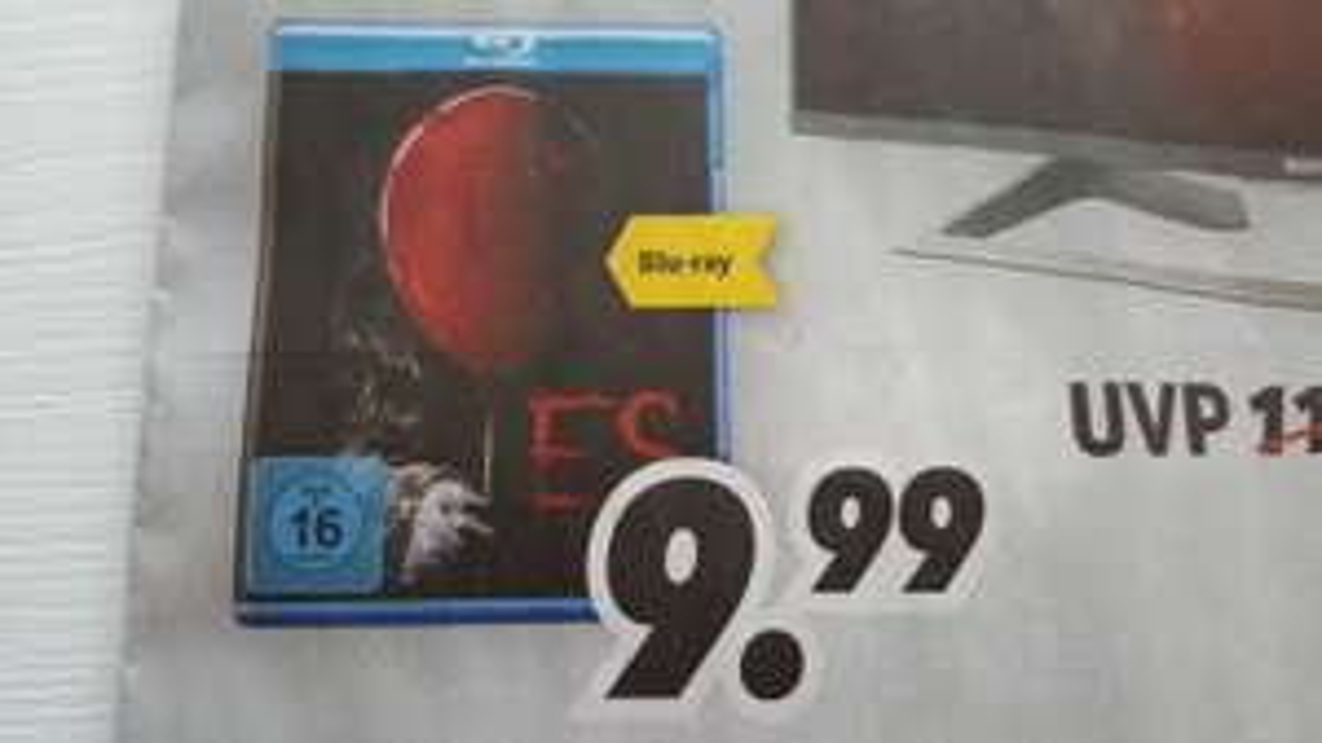 ES (Remake) 2017 Blu-Ray bei MediMax lokal