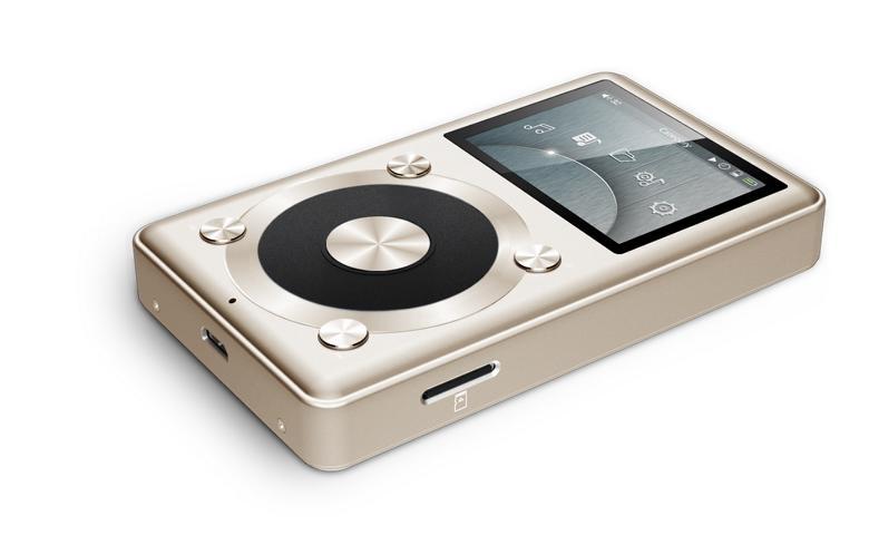 Hi-Res Audio Player mit Kopfhörer: FiiO X1 (1. Gen) & Alpha Design Labs Furutech ADL H118