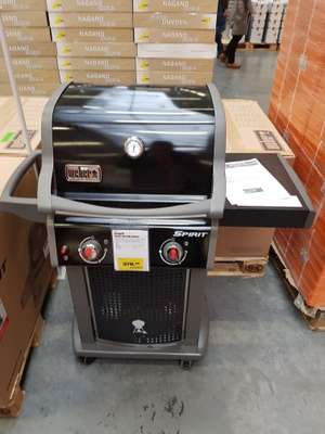lokal magdeburg obi baumarkt weber gasgrill spirit eo 210 black 2 brenner. Black Bedroom Furniture Sets. Home Design Ideas