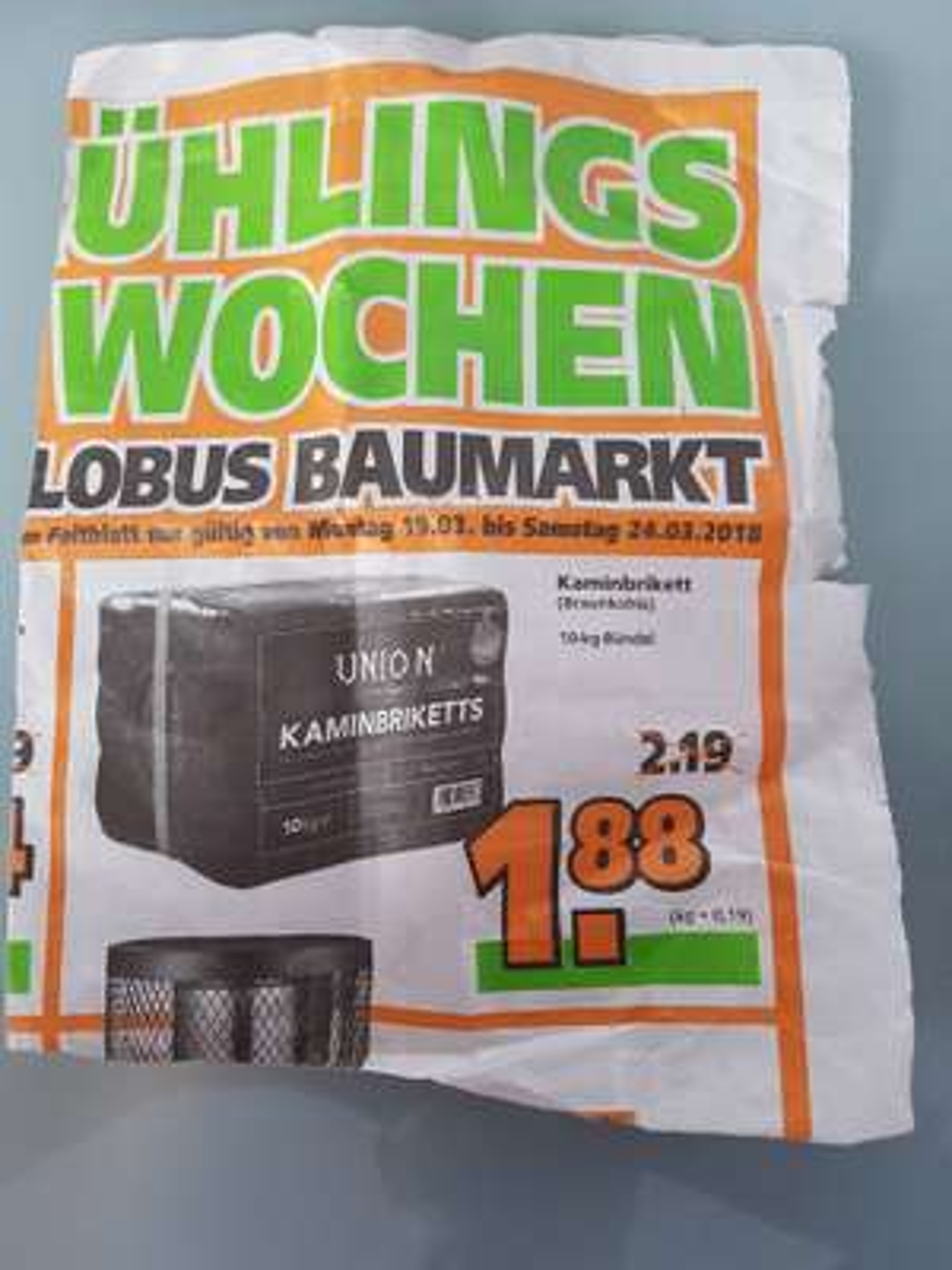 UNION Braunkohlebrikett (Lokal Globus Baumarkt bei Augsburg)