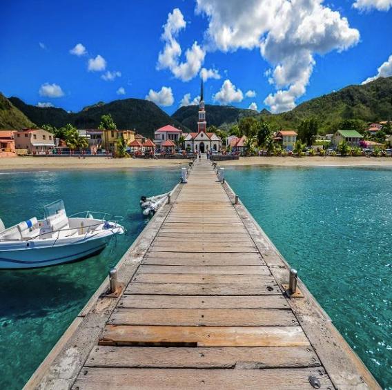 Flüge: Martinique [August - Oktober] - Hin- und Rückflug von Berlin nach Fort de France ab nur 378€ inkl. Gepäck