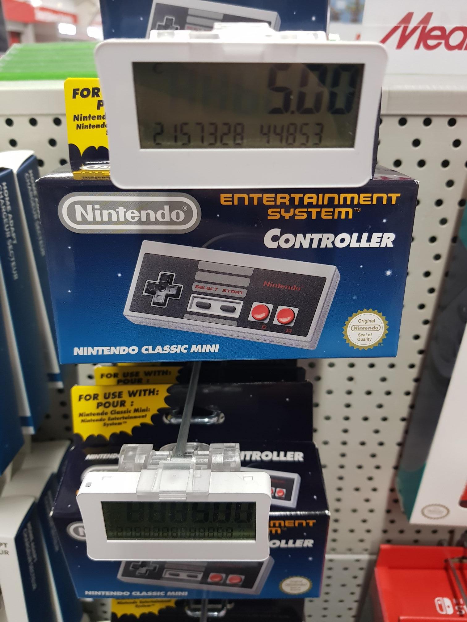 [LOKAL: MediaMarkt Oldenburg] Nintendo Classic Mini Controller (NES)