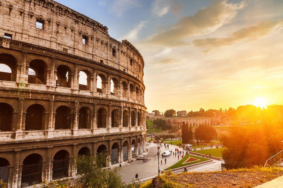Langes Wochenende in Rom: 4 volle Tage im stylishen Deluxe-Hotel für 189€ mit Flügen